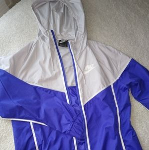 Nike windbreak